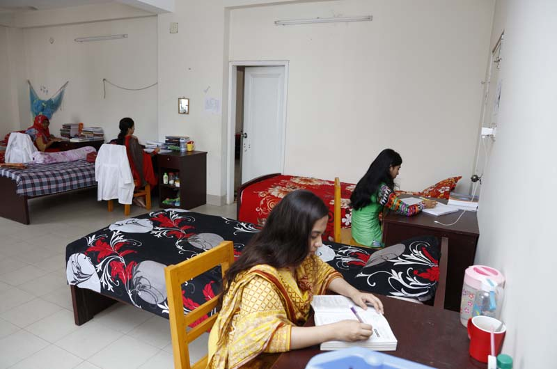 Holy Family Red Crescent Medical College Hostel